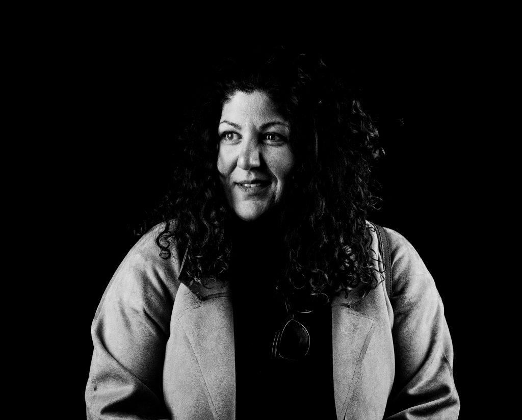 Umelkyňa Emília Rigová: Som dvojitá agentka, provokujem Rómov aj nerómov